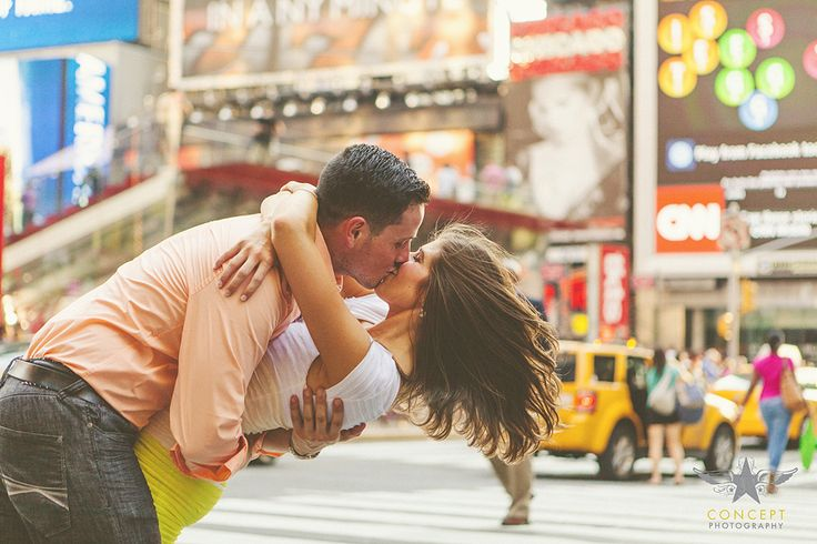 Concept Photography » NYC Engagement Shoot » Times Square