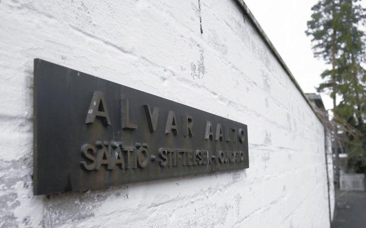 Sign in front of Alvar Aalto's studio at Tiilimäki 20, Helsinki on November 22, 2011