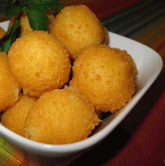 Kook je vegetarisch met mij mee?: Antilliaanse kaasballetjes in EK-stijl