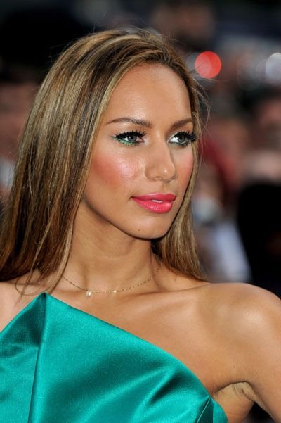Quirky Makeup Idea: Leona Lewis's Green-Liner-on-the-Bottom Eye Look