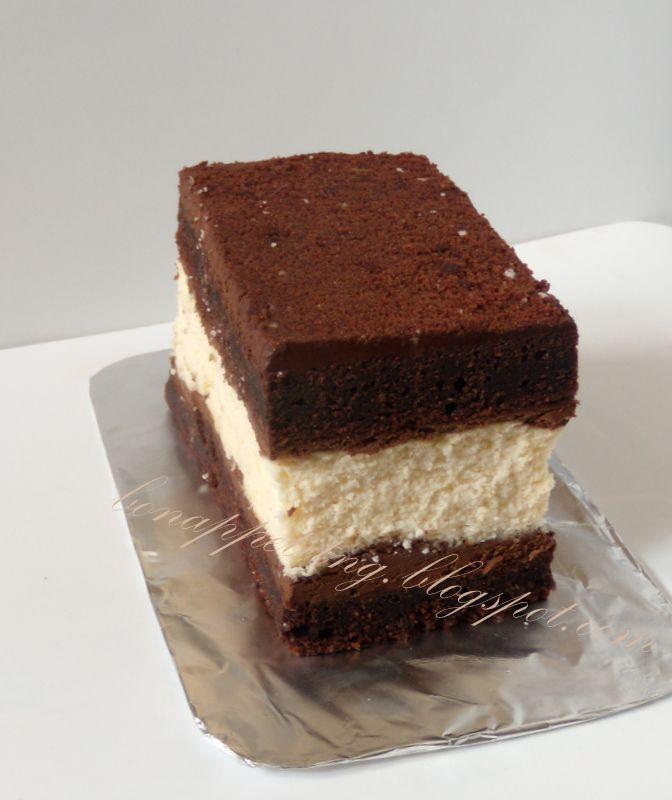 ciasto diabła (Devil's Food Cheesecake) : biszkopt czekoladowy (brownie), ganasz pomarańczowy (dla dorosłych - z rumem), sernik japoński waniliowy