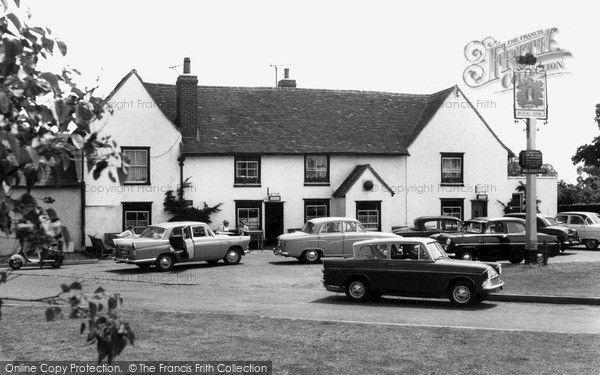 South Ockendon, The Royal Oak c.1960, from Francis Frith