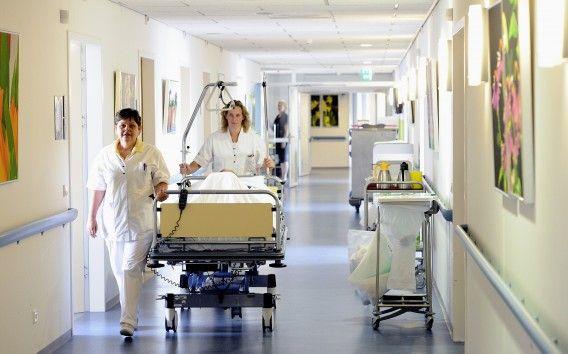 eerste belangrijke ruimte: het ziekenhuis  omdat kaat hier vaak heeft gelegen voor operaties aan haar hazenlip