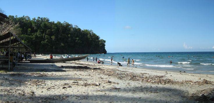 Pantai Taipa Sulawesi Tenggara