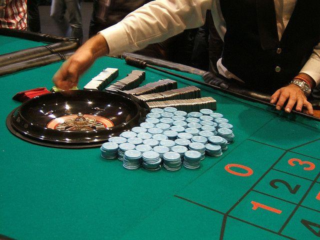 Starlive casino poker gambling ten