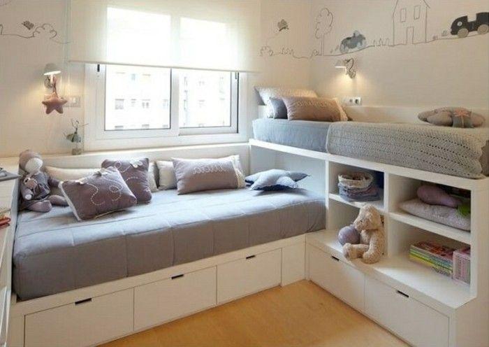 Kinderzimmer Einrichten Zwei Kinder Familie Betten Bettkasten Laminatboden Graue Bettlacken Kinderzimmer Einrichten Kinderschlafzimmer Zimmer Einrichten