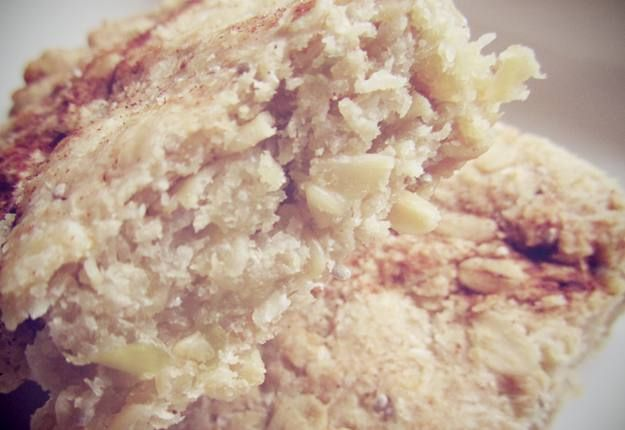 Sugar free apple and oat slice recipe - Real Recipes from Mums