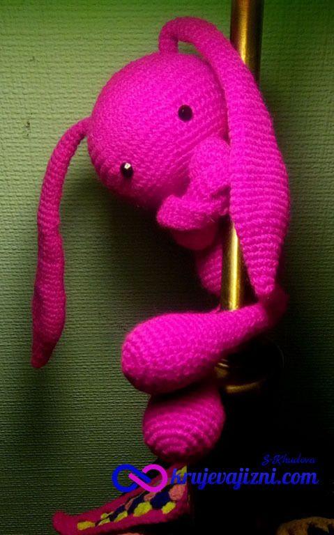 Схема вязания Милый Заяц. The scheme of knitting toys Cute Rabbit