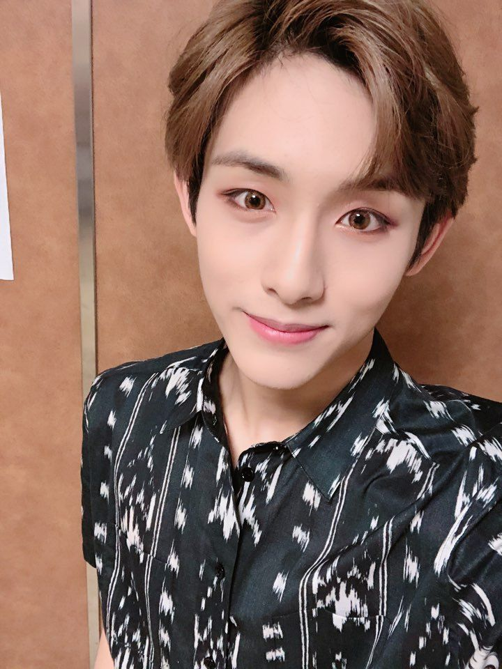 5fdc06fa93882 NCT TWITTER UPDATE #Winwin #Sicheng #NCT #NCTU #NCT127 #NCTDream #NCT2018