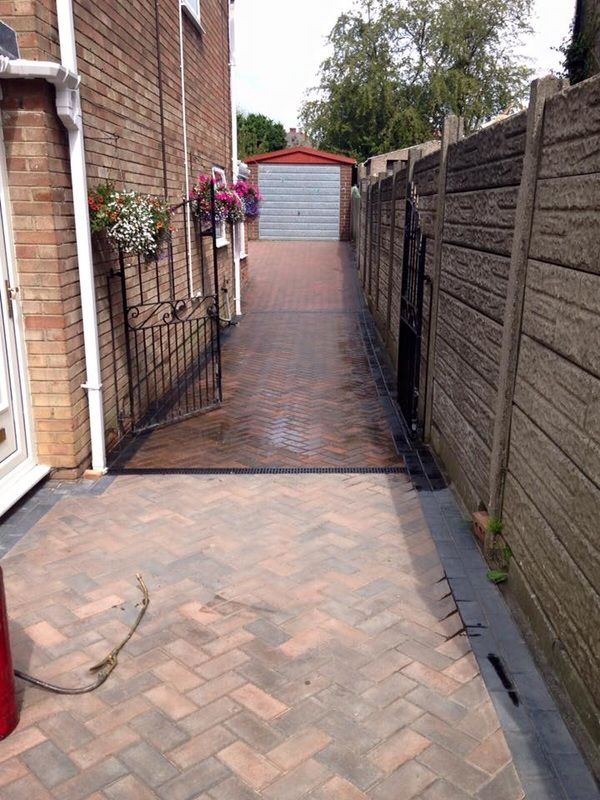 Driveway Cleaning Wirral, Driveway Cleaning Liverpool, Driveway Cleaning  Chester, Professional Jet Wash Pressure Washing Patio Block Paving Tarmac  Cleaning ...