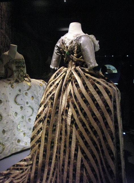 Late 1780's Russian Court dress shared by Johanni.