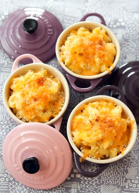 Jason's Mac and Cheese » Table for Two...This recipe looks wonderful, one can never have too many Mac and Cheese recipes.:))
