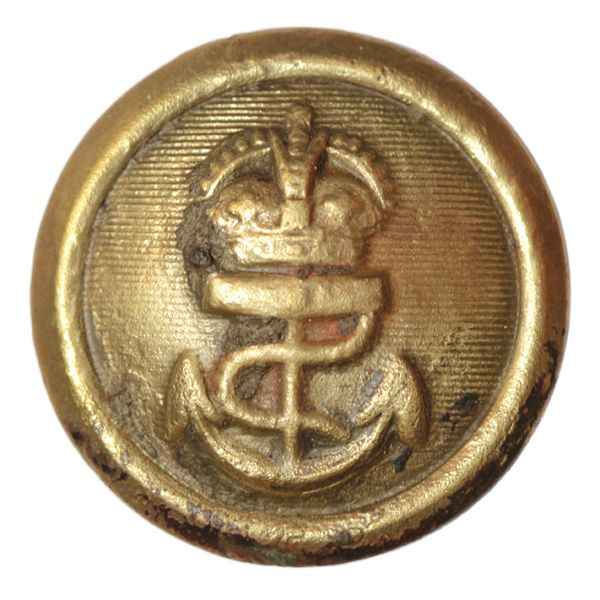Royal Navy button. Date: 1901 – 1952. Material: copper alloy, gilded. Diameter: 15 mm. Found: Lancashire 2015. #metaldetecting # 0216