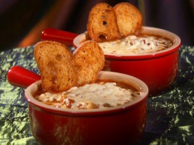 "Paula Deen's ""Tastes Like Lasagne Soup"""