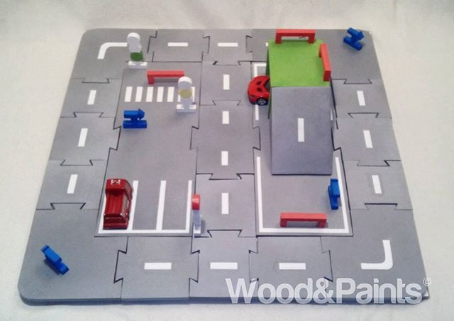 Toys for children and not only! Road Puzzle Wood, painted by hand paints safe. Through bilateral design details, it has an unlimited number of build options. A nice addition are the traffic lights, fences, signs, as well as a garage and a a springboard. In this embodiment, the size of 60 * 60 cm. #woodandpaints  #diy #woodworking #handmade