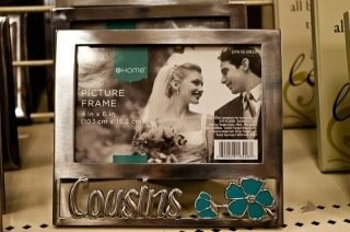 Why is there a wedding picture in a cousins frame?!: Funny Image, Down South, Funny Stuff, Funny Photos, Cousins, Wedding Pictures, Pictures Frames, One Job, Arkansas