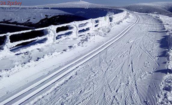 Šéf Dlouhých strání si zimu chválí, jezdí na inspekce nádrže na běžkách