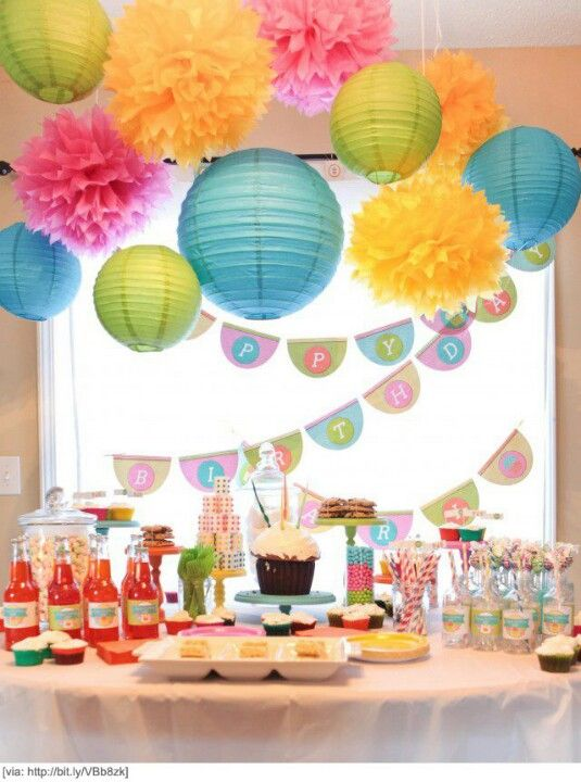 Colourful kids party