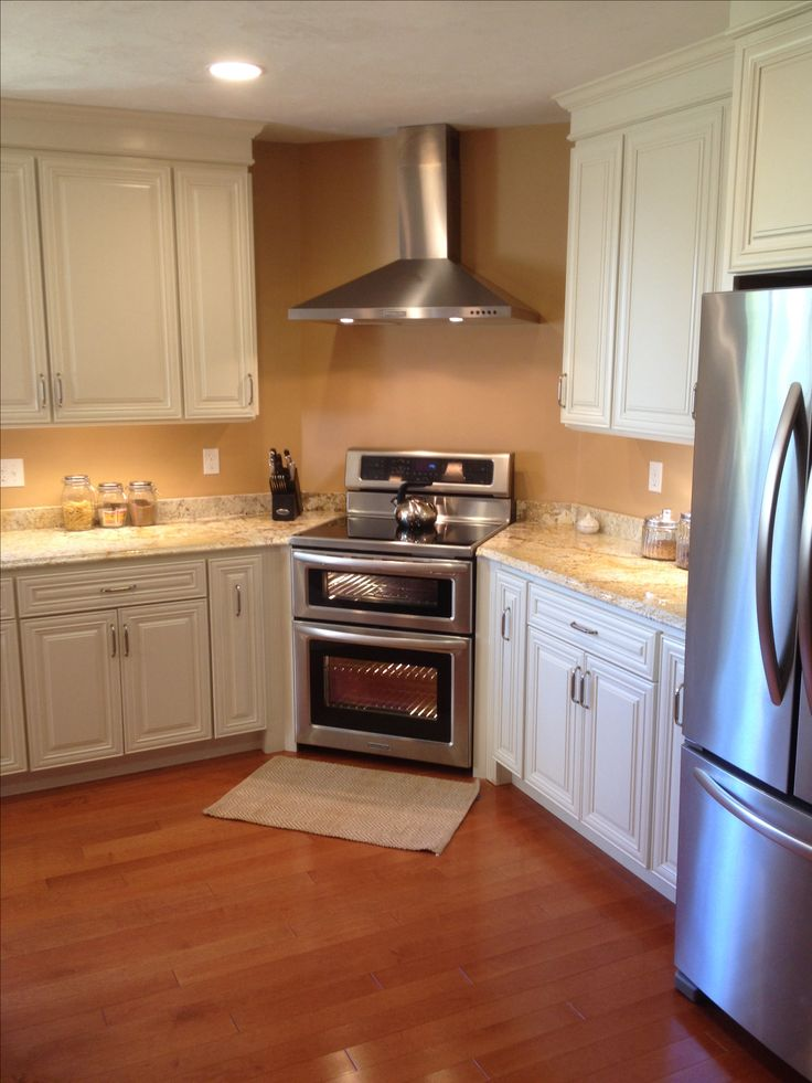 Caddy Corner Stove Small Kitchen