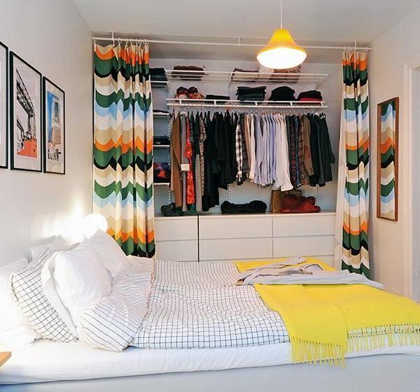 Wie man Unordnung-freies, modernes Schlafzimmer-Design verursacht