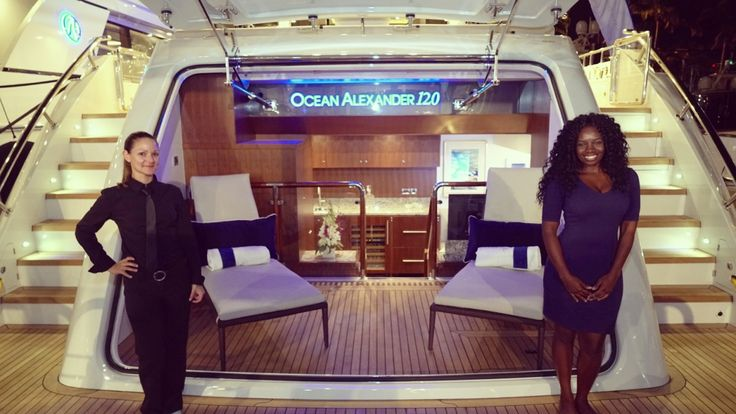 Exclusive Tour of the 2017 Ocean Alexander 120 Yacht at the Miami Intern...
