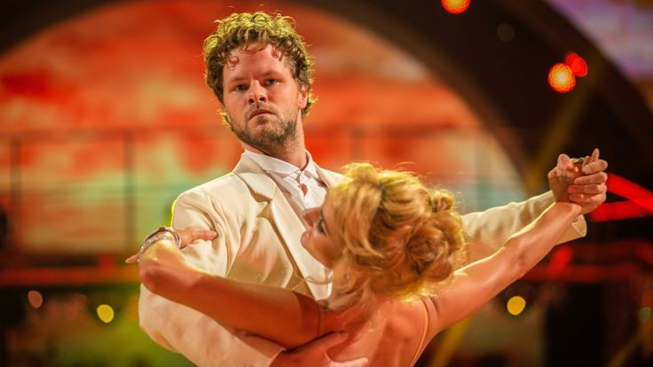 Jay McGuiness & Aliona Vilani Waltz to 'See The Day' - Strictly Come Dan...