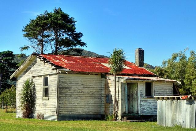 Old house, 90 Wharf Road, Hicks Bay, East Cape, Gisborne, New Zealand by brian nz, via Flickr