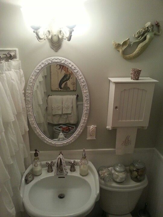 61 best Shabby Comfort station images on Pinterest Shabby chic - shabby chic bathroom ideas