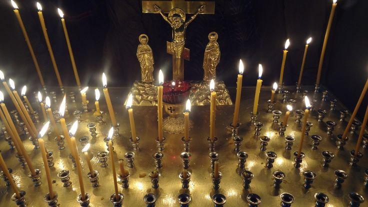 Несколько раз в год в православии принято вспоминать об усопших, молиться о них и посещать их могилы. Такие дни называют Родительские субботы. В субботу перед Днем Святой Троицы наступает Троицкая …