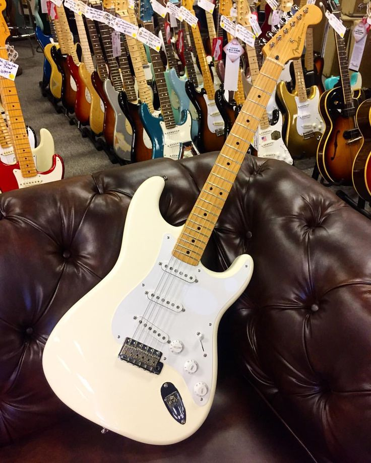 "Happy #Straturday! @fender Mexican #Stratocaster ""Jimmie Vaughan"" Model in White here at #NormansRareGuitars for $629. @manalophoto (at Norman's Rare Guitars)"