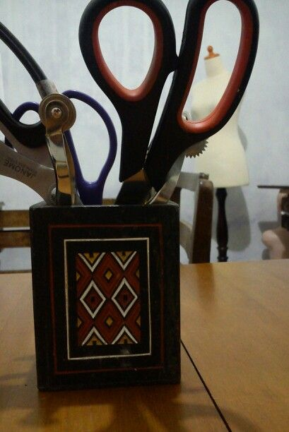 Reusing toraja's coffee box for my sewing stuff