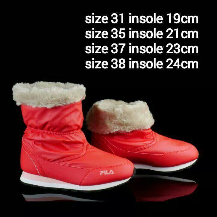READY STOCK KIDS/WOMEN WINTER BOOTS KODE :  OPHELIA RED Size 31,35,37,38 PRICE : - Size 31,35 = @Rp.225.000 - Size 37,38 = @Rp.350.000 DETAIL SIZE  (insole) : - Size 31 (19cm) - Size 35 (21cm) - Size 37 (23cm) - Size 38 (24cm)  Material : Genuine Leather (Kulit Asli),Sol karet lentur. Nyaman dan tidak berat utk anak-anak maupun dewasa :)  Insole = panjang sol dalam. Ukurlah panjang telapak kaki anak, beri jarak minimal 1,5cm dari insole, utk dewasa cukup 0,5-1cm :)  FOR ORDER : SMS/Whatsapp…