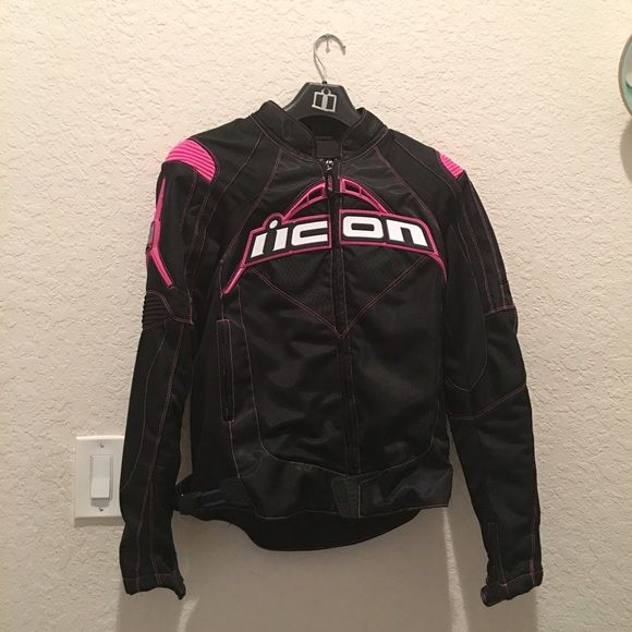 Women's Icon Motorcycle Jacket Worn once. Stylish sport fit design. Comes with removable winter liner. Made with nylon, mesh, and armor. ICON Jackets & Coats