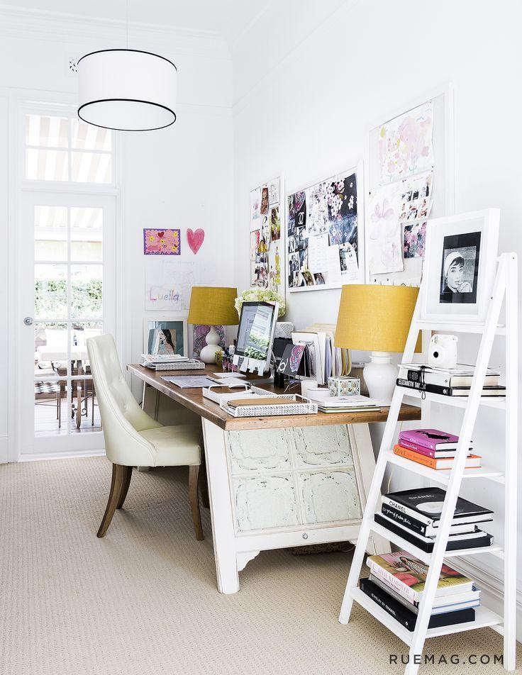 10 Offices that Optimize Above the Desk Décor (via Bloglovin.com )