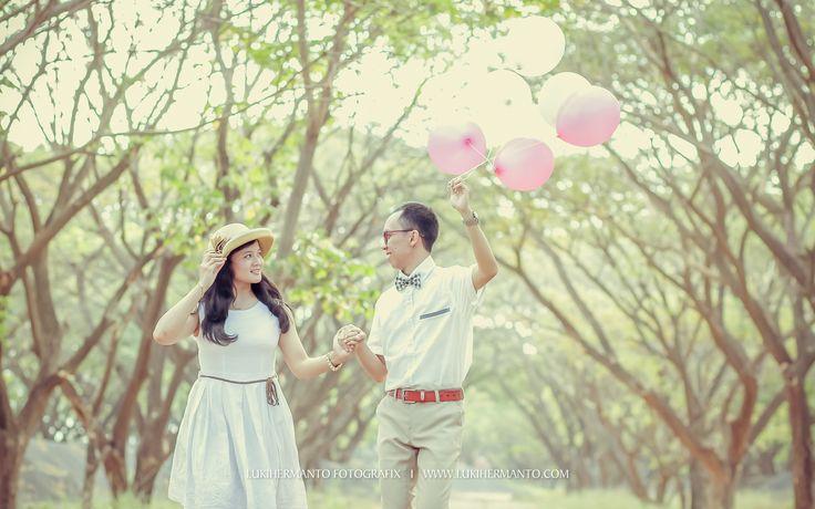 Prewedding PANDU + DISTA  #Prewedding #PreweddingVintage #PreweddingSurabaya #PreweddingBalon #PReweddingRetro #PreweddingLucu #SurabayaPrewedding #LUKIHERMANTO #SurabayaWeddingPhtographer