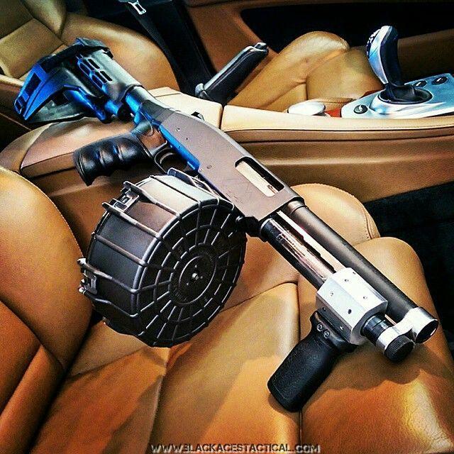 Drum mag goodness @beardedguy #BuffaloTactical www.Buffalofirearms.com https://www.facebook.com/Buffalofirearms #ArmedSociety #Ar #223 #ak47 #firearms #1911 #sig #glock #guns #libertarian #liberty #patriot #2A #ghostgun #beararms #michigan #gunsbymail #btac #buffalo #buffalofirearms #molonlabe