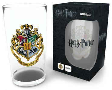 Pint-Glas von Harry Potter  Füllmenge: ca 0,5 l  Nicht Spülmaschinengeeignet!  Zum Wohl! Einen wirklich magischen Abend garantieren euch die Macher von Harry Potter mit dem Krug Crest. Das massive Pint-Glas wird von dem Wappen von Hogwarts geziert, welches die vier verschiedenen Häuser darstellt. Egal ob Milch, Bier oder Saft - in dem Glas verwandelt sich alles in einen verhexten Vielsaftdrank.