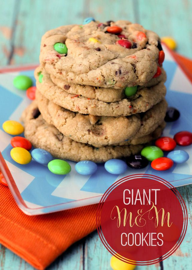 Giant Chewy M&M Cookies: Training, Mm Cookies, Recipes Cookies, Food ...