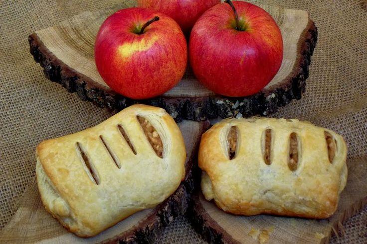 CAIETUL CU RETETE: Strudel cu mere