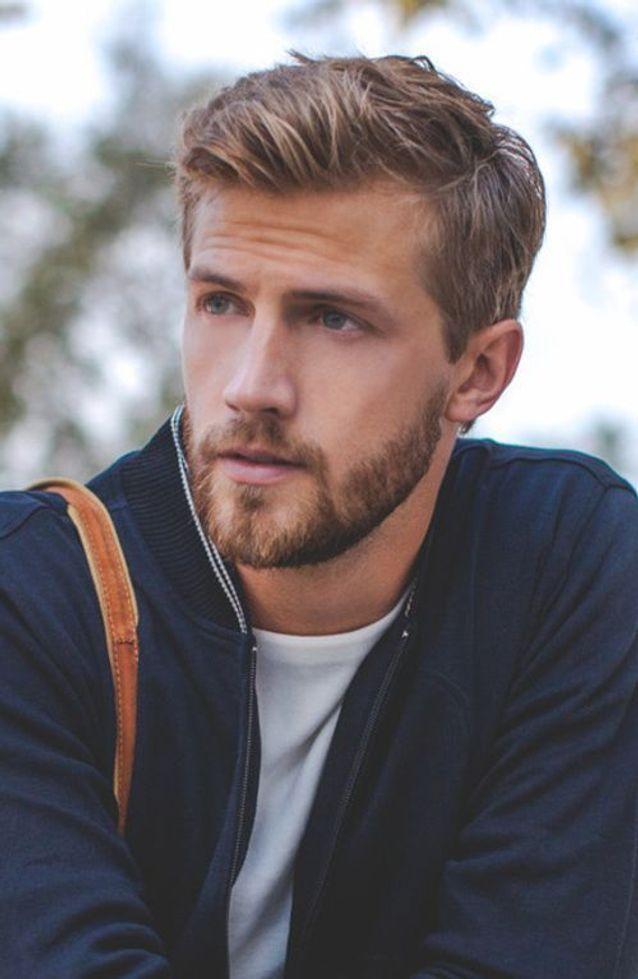 Coiffure Pour Homme Les Coupes De Cheveux Tendance En 2020 Elle Coiffure Homme Blond Coiffure Homme Cheveux Epais Coiffure Homme