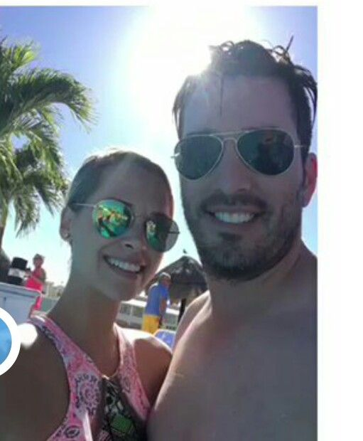 Jonathan Silver Scott w/gf Jacinta Kuznetsov in Hawaii December 2016