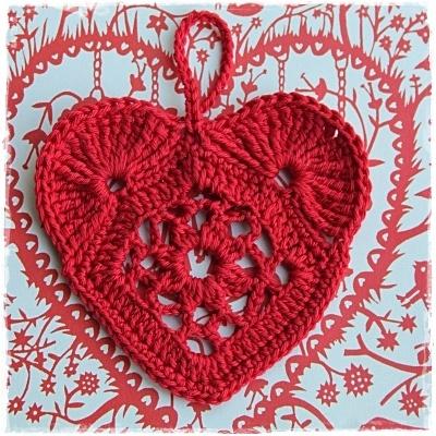 Rood gehaakt hart