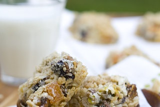 Apricot-Fig-Pistachio Bars — Recipe from La Fuji Mama (I think I'll ...