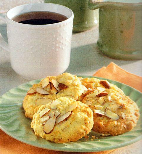 Lemon Oatmeal Cookies Recipe - http://www.allbakingrecipes.com/recipes/lemon-oatmeal-cookies-recipe/