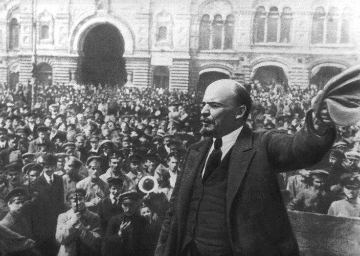 Le coup d'Etat bolchevique a été instrumentalisé par la propagande soviétique. Un siècle plus tard, l'histoire reprend ses droits.