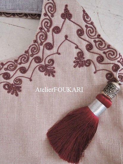 モロッコ刺繍バッグ-柘榴の商品ページです。人気のモロッコ刺繍バッグ、熟練の職人技が美しい3連刺繍の新作ショルダーバッグが入荷しました!