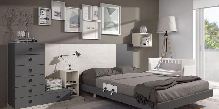Minicuna colecho para acoplar a la cama. Incluye los textiles.Una línea de mobiliario de dormitorio infantil de gran diseño.El mueble permite muchas variaciones en colores, medidas y composiciones.Consúltanos, realizamos proyectos personalizados a la medida de lo que tu necesitas.