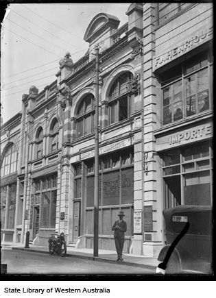 The Truth newspaper office, 39 King Street, Perth, 1928