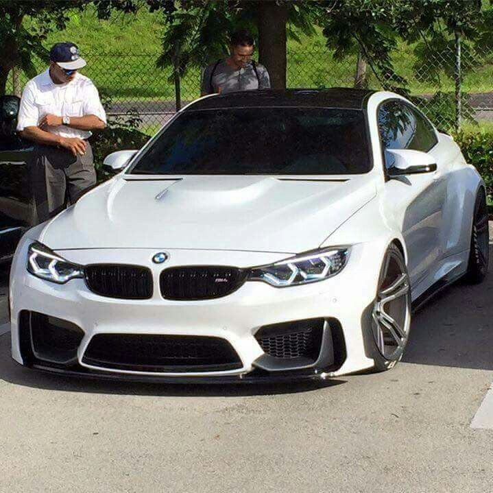 Bmw M4: BMW F82 M4 White Widebody