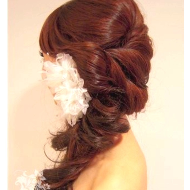 Grad hair? Maybe without the accessory